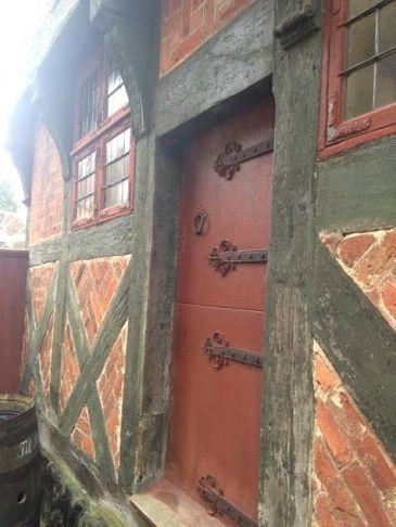 brick place door